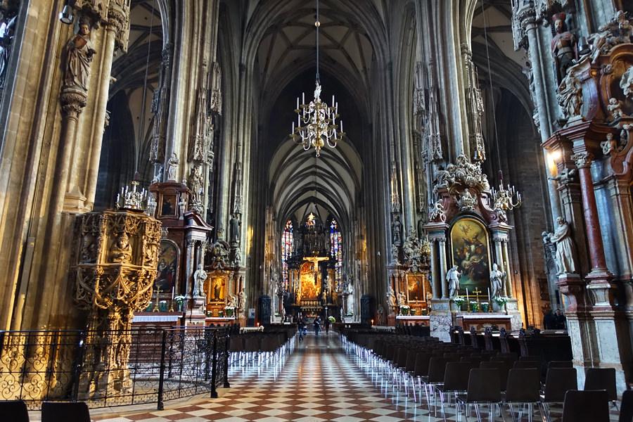 【維也納 Vienna】聖史蒂芬大教堂 Wiener Stephansdom 地下皇家墓穴 Catacombs + 南塔攻頂參觀 Suedturm (South Tower)