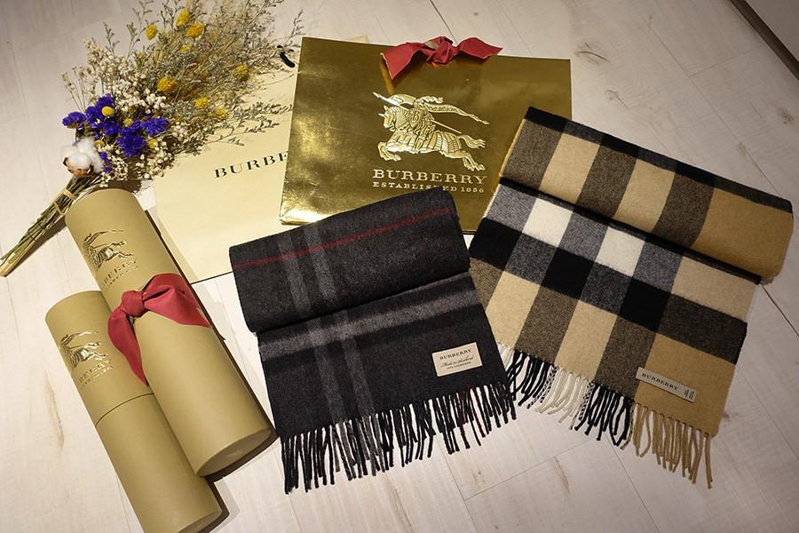 Burberry || 經典格紋喀什米爾圍巾 Classic Cashmere Scarf