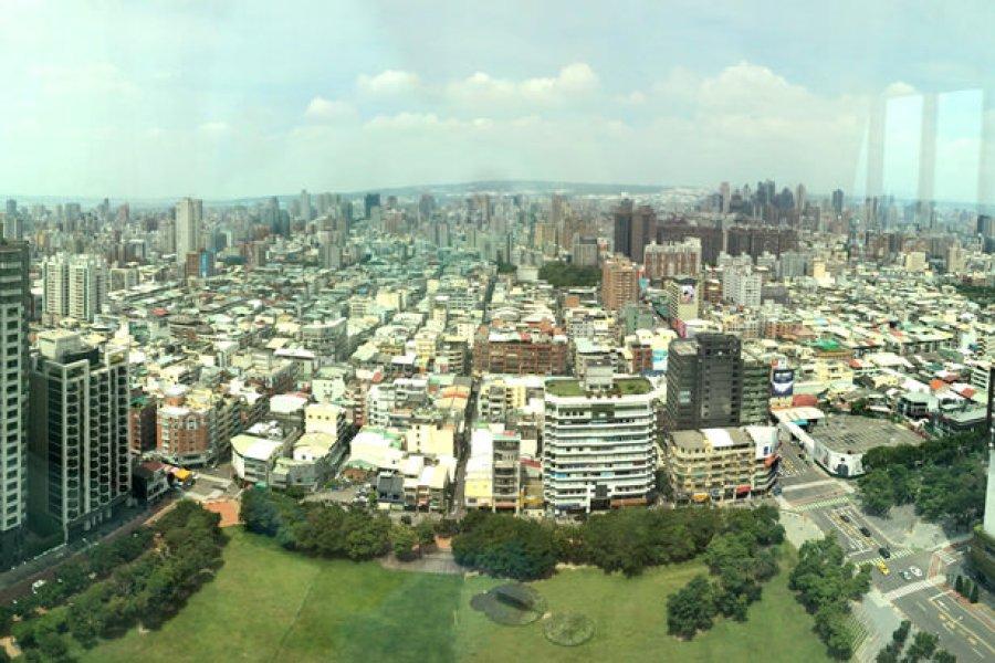 台中亞緻大飯店 The Landis Taichung 豪華客房/客房服務,西洋情人節小慶祝