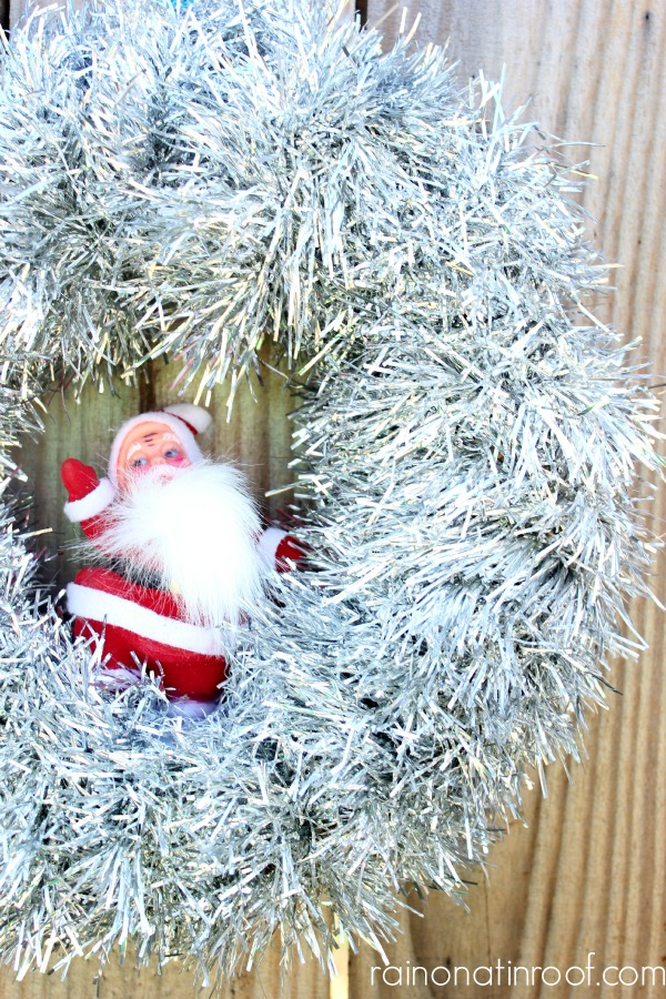 Retro Santa Christmas Wreath