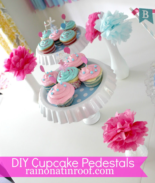 easy blue and white diy cupcake holders