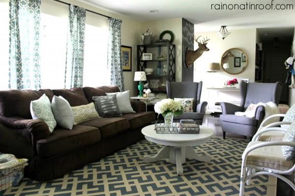 Renovated Rancher House Tour {rainonatinroof.com} #hometour