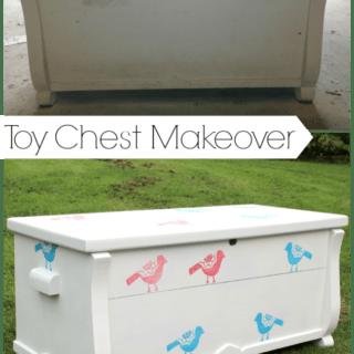 Toy Chest Makeover {rainonatinroof.com}
