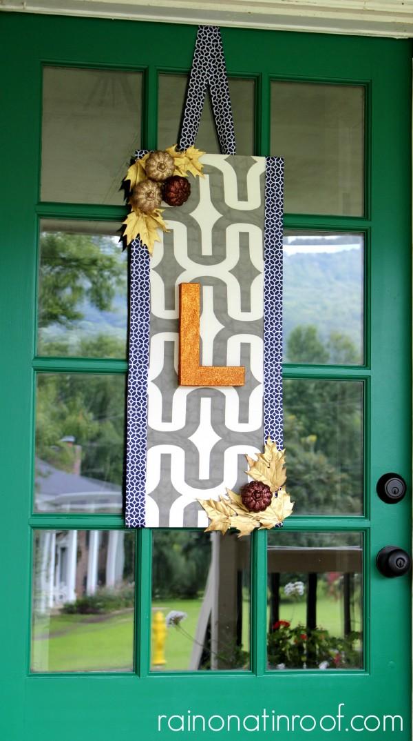 Fall Door Decor {rainonatinroof.com} #falldecor #wreath #fall