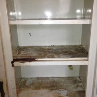 Metal Cabinet Makeover {rainonatinroof.com} #metalcabinet #makeover #roadsiderescue