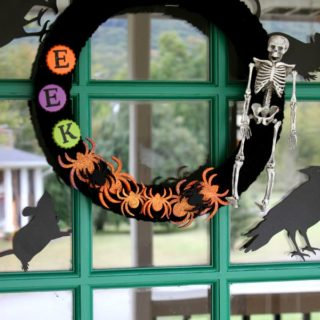 Fright-Tastic Halloween Home Tour {rainonatinroof.com} #halloween #hometour #diy