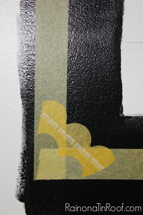 Faux Wall Moldings via RainonaTinRoof.com #frogtape #faux #wallmoldings