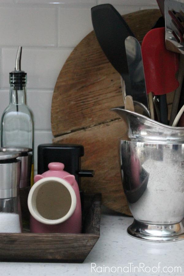 Vintage Modern Rustic Kitchen via RainonaTinRoof.com #vintage #modern #rustic #kitchen #whatsyourstyle