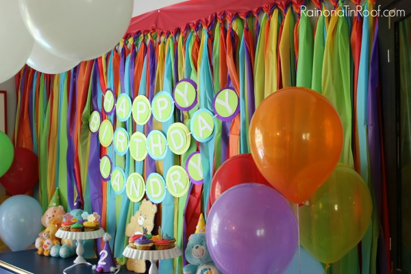 Rainbow Color Background Tutorial for parties.