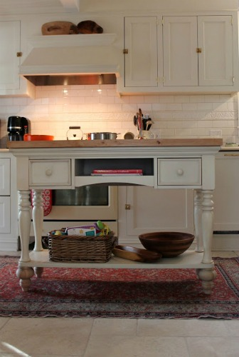 kitchen island ideas diy - kitchen island made from a sofa table