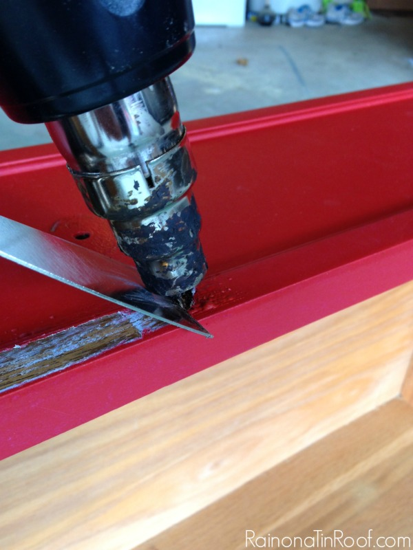 How to Strip Paint off Furniture with a Heat Gun