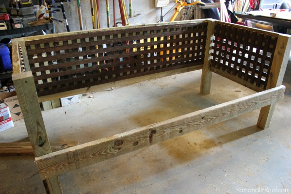 DIY Daybed Couch for Outside - attaching front support