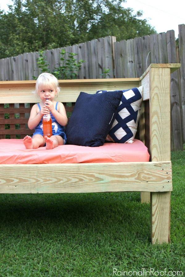 Outdoor Daybed DIY Project