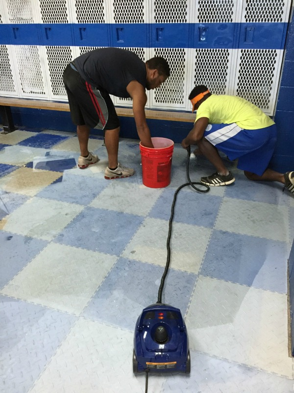 How to Remove Paint Overspray - great tip for vinyl, plastic and rubber flooring!