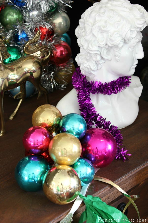 ornament ball cluster