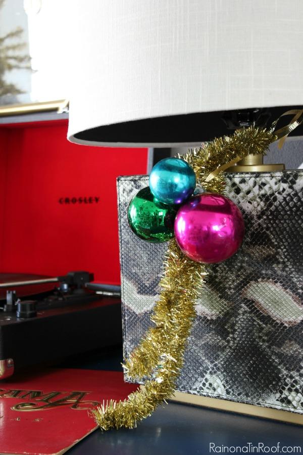 Christmas Decor Ideas - Ball Clusters