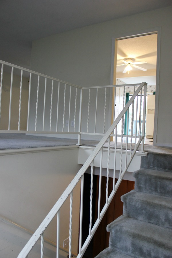 Have one of those 70's era metal handrails at your house? Learn How to Paint Metal Handrails - anyone can do this! All you need is a good paintbrush and paint!