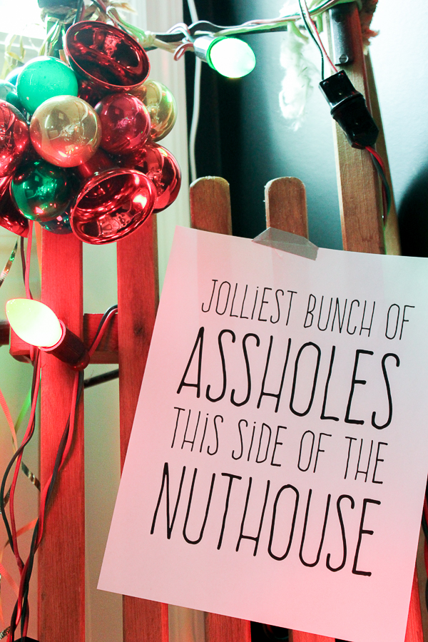 A Colorful Christmas Home Tour: Christmas Decorating in the Entry | National Lampoon's Christmas Vacation Decor