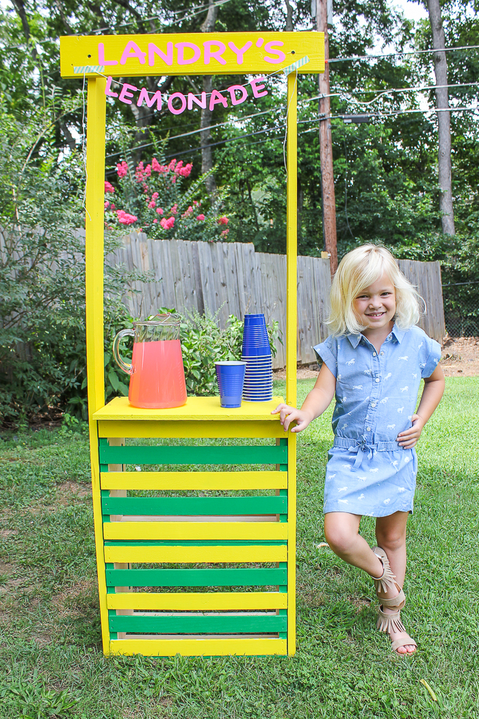 Easy to Build DIY Lemonade Stand using Crates - Rain on a Tin Roof