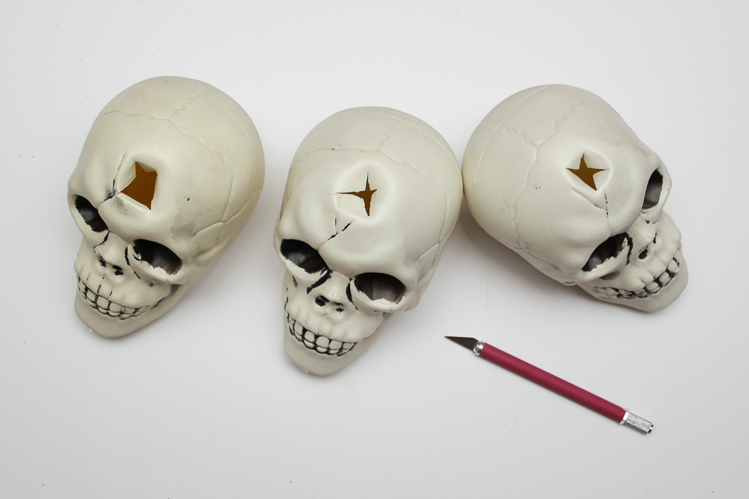 How to Make a Halloween Skull Candle Holder