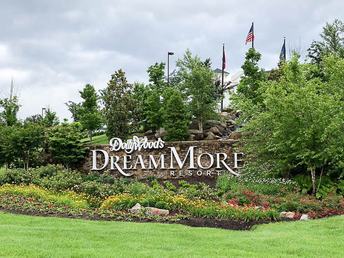 Where to Stay in Pigeon Forge - DollyWood DreamMore Resort
