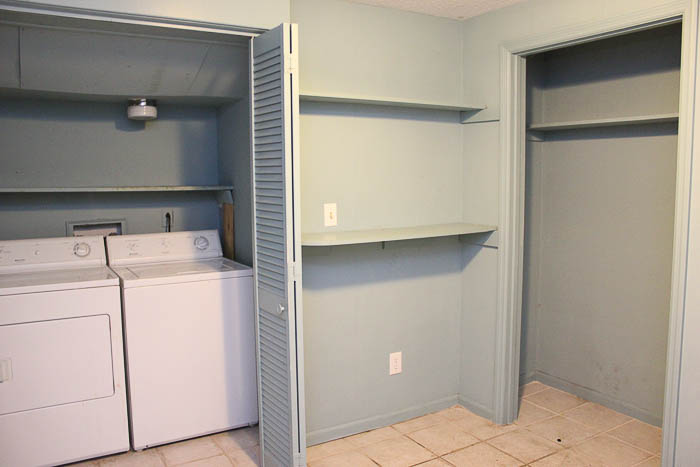 The laundry room mudroom before.