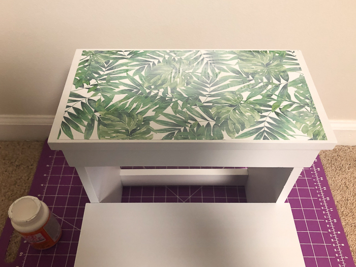 Easy Step Stool Makeover
