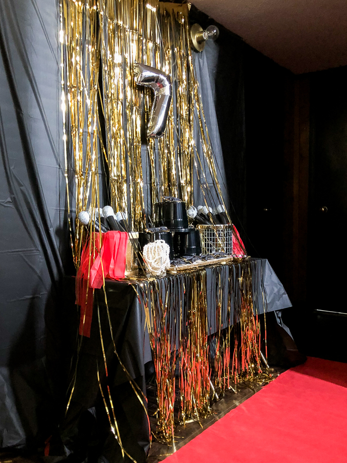 Red Carpet Party Decoration Ideas