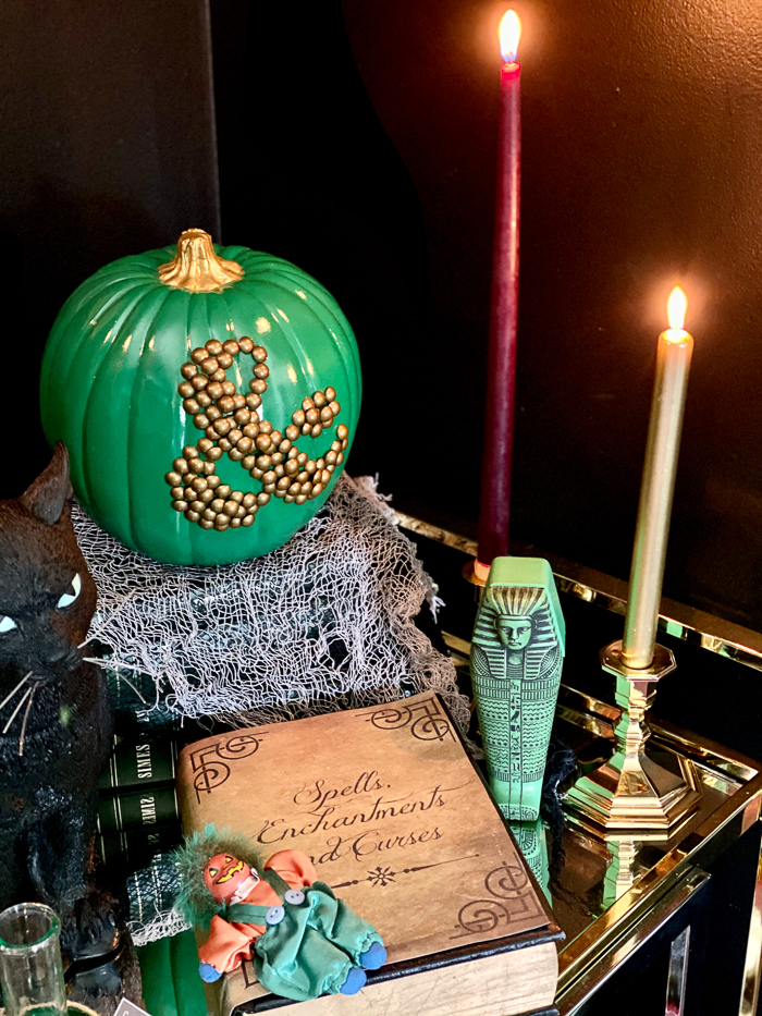 Easy Indoor Halloween Decorating Ideas