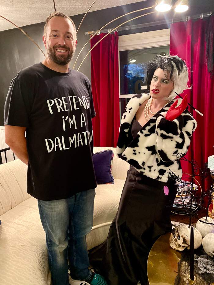Cruella and Dalmatian costume for couples.