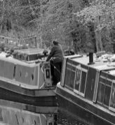 Canal life - Peak Forest canal