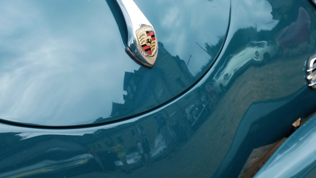 porsche_laamreflection