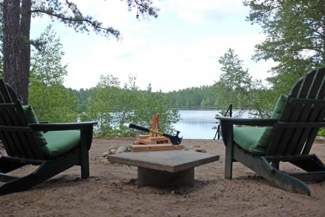 Maine_Chairs&Ax2