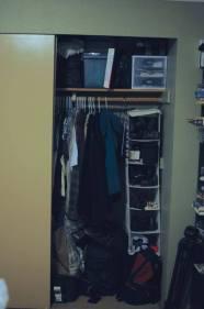 closet_before2