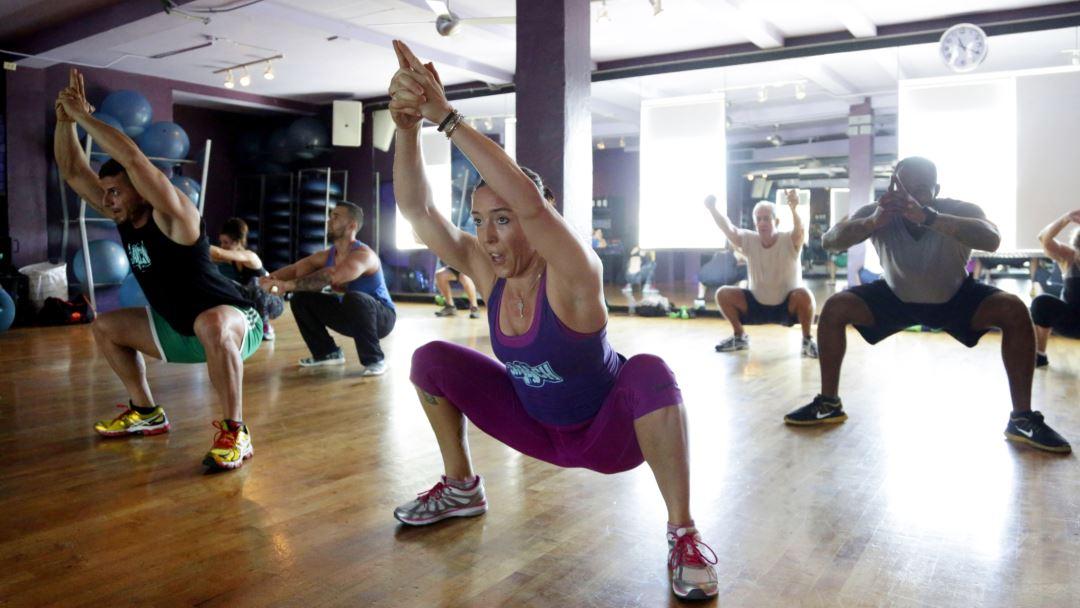 Muschi fara Grasime: Ziua 3/30 Antrenament Picioare, Accidentare si Miros de Usturoi