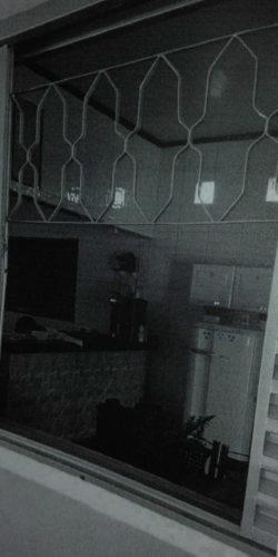 Homem é preso ao tentar furtar residência; ele foi encontrado debaixo da cama pelos policiais