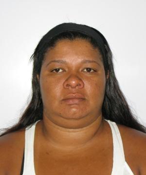 Deic prende mulher que praticou furtos em apartamentos de Goiânia; ela enganava os porteiros para entrar nos prédios