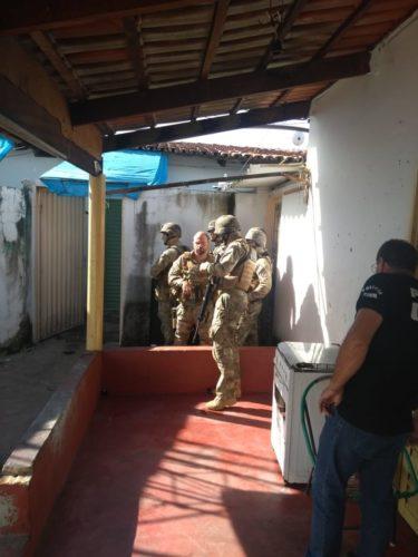 Justiça mantém preso homem que fez filhos reféns; resgate das crianças foi feito pelo GT3
