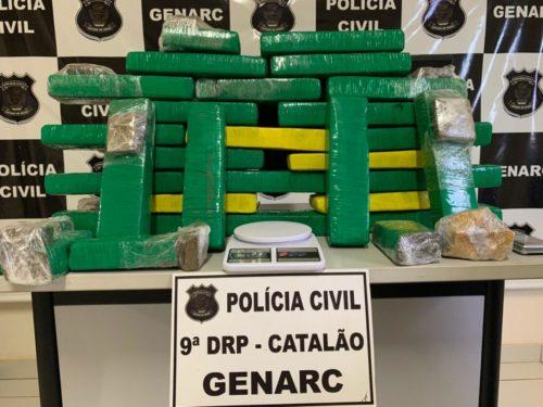 Genarc prende mulher com 25 quilos de maconha em Catalão