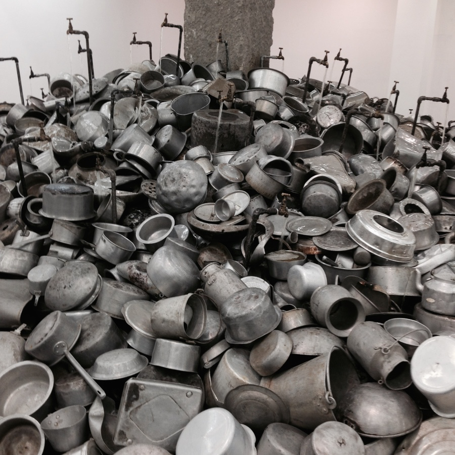 Aluminum utensils as installation by #SubodhGupta at the NGMA, #NewDelhi