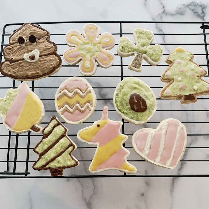 Corn Free Frosted Cookies by The Allergy Chef