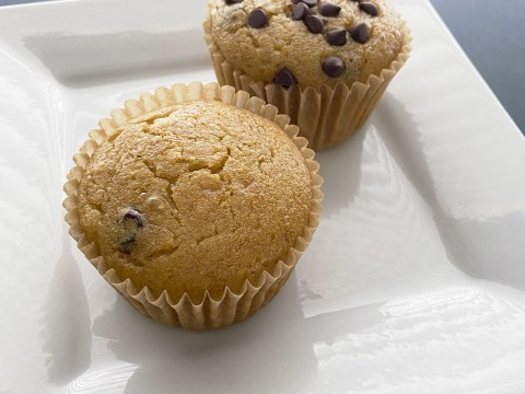 Gluten Free Zante Currant Muffins by The Allergy Chef