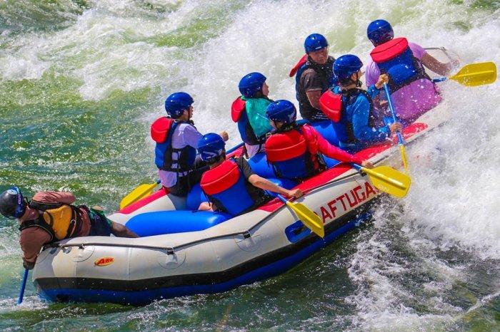 White Water Rafting Grade 3 Nile Explorer
