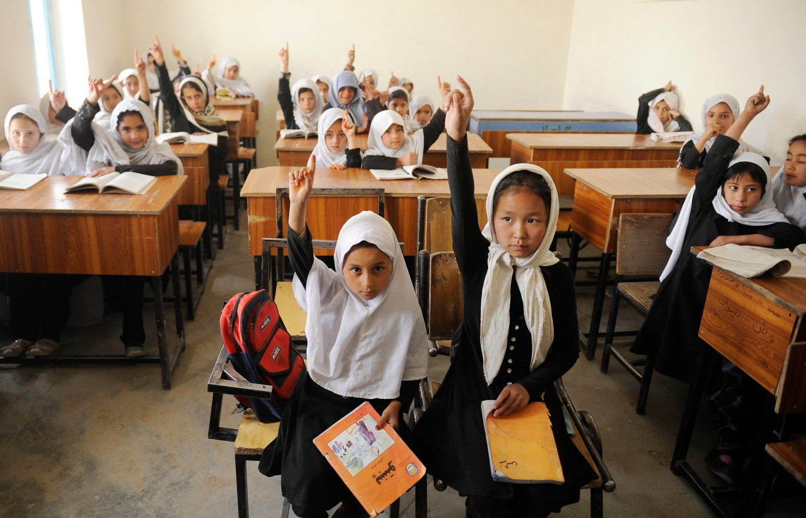 すべての子どもが安心して学べる環境づくりを急ぐ必要がある(写真はアフガニスタン)