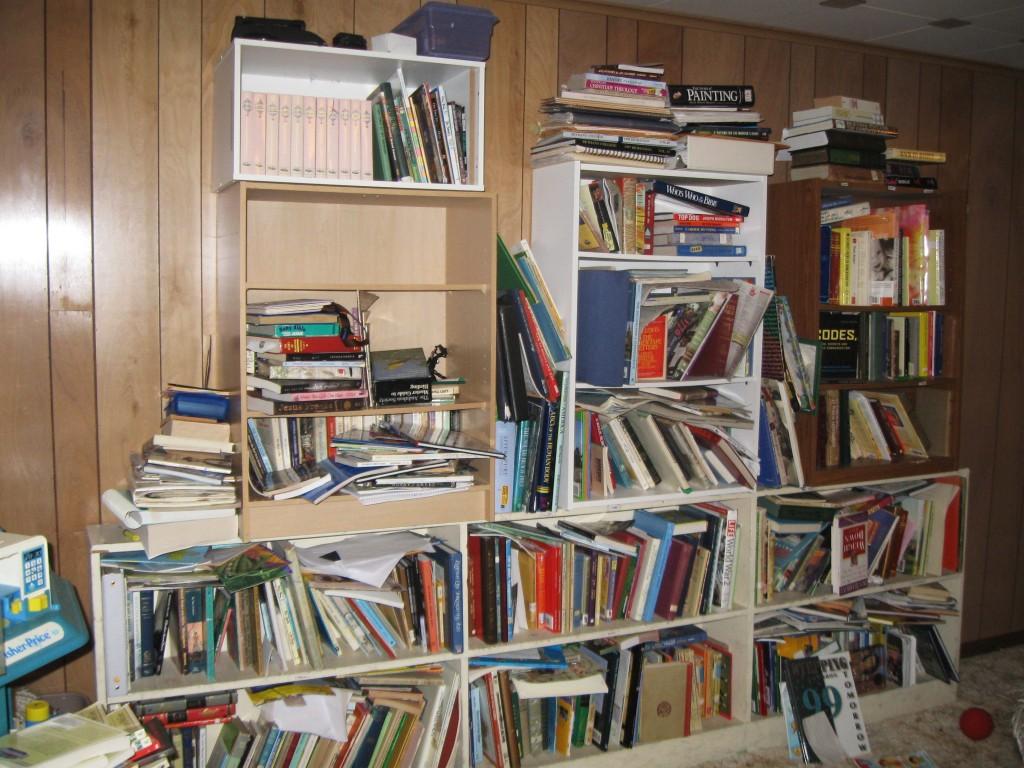 How to Simplify & Organize Your Homeschool Library   RaisingArrows.net