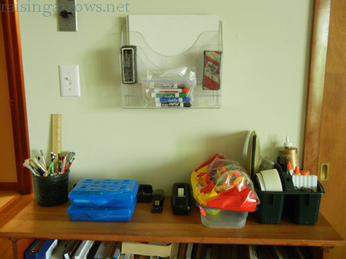 Quick and simple homeschool organization methods that work well for the large family household (and small spaces) without a lot of time, effort, and money.