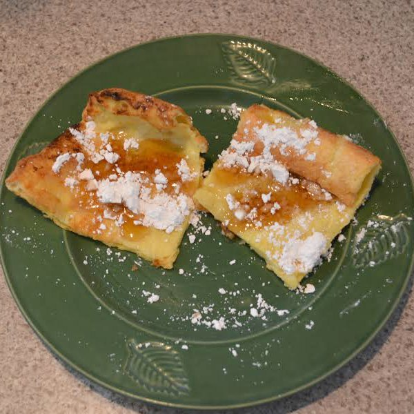 Quick & Easy Breakfast - Dutch Babies (aka Oven Pancakes) | RaisingArrows.net