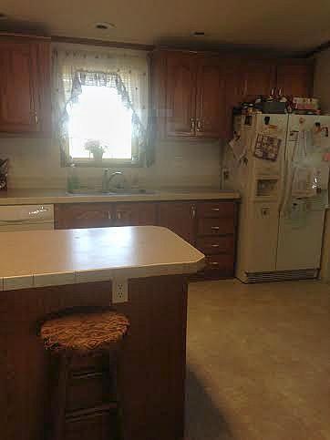 Can a Large Family Have a Minimalist Kitchen? Kitchen Tour!| RaisingArrows.net