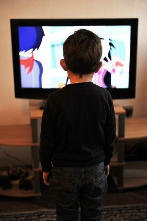 How to Get a Mommy-Break Without the Help of the Television | RaisingArrows.net