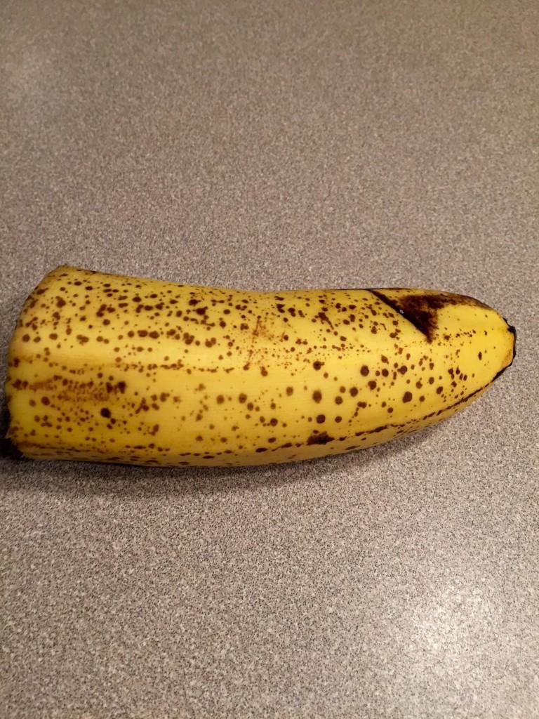 Make sure your banana is plenty ripe to sweeten (Trim Healthy Mama wihtout stevia menu plan) | RaisingArrows.net